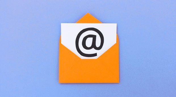 Um nicht unprofessionell zu wirken, sollte man sich am E-Mail-Knigge orientieren.