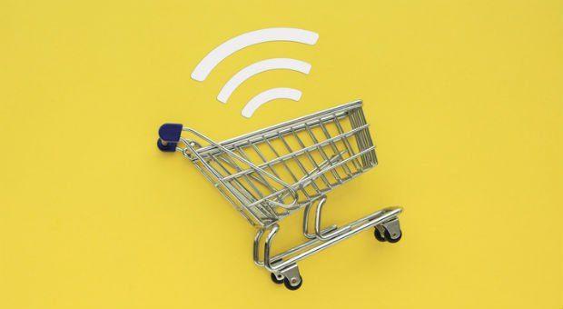 Schieflage: Das EuGH-Urteil zur Lastschrift zwingt viele Online-Händler, Zahlungsoptionen anzupassen.