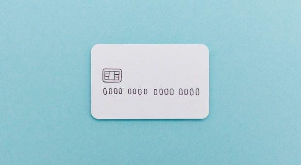 Schnell die Karte zücken: Firmenkreditkarten bieten einige Vorteile.