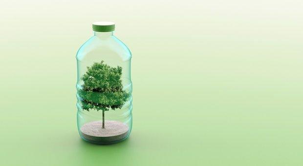 Wer auf Plastik verzichtet und stattdessen auf nachhaltige Werbegeschenke setzt, tut nicht nur der Umwelt einen Gefallen.