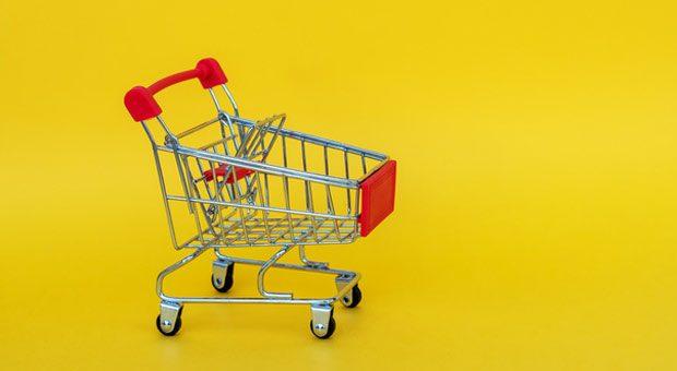 Legt der Kunde innerlich schon alles in den Einkaufswagen, sendet er Kaufsignale. Verkäufer müssen sie nur erkennen.