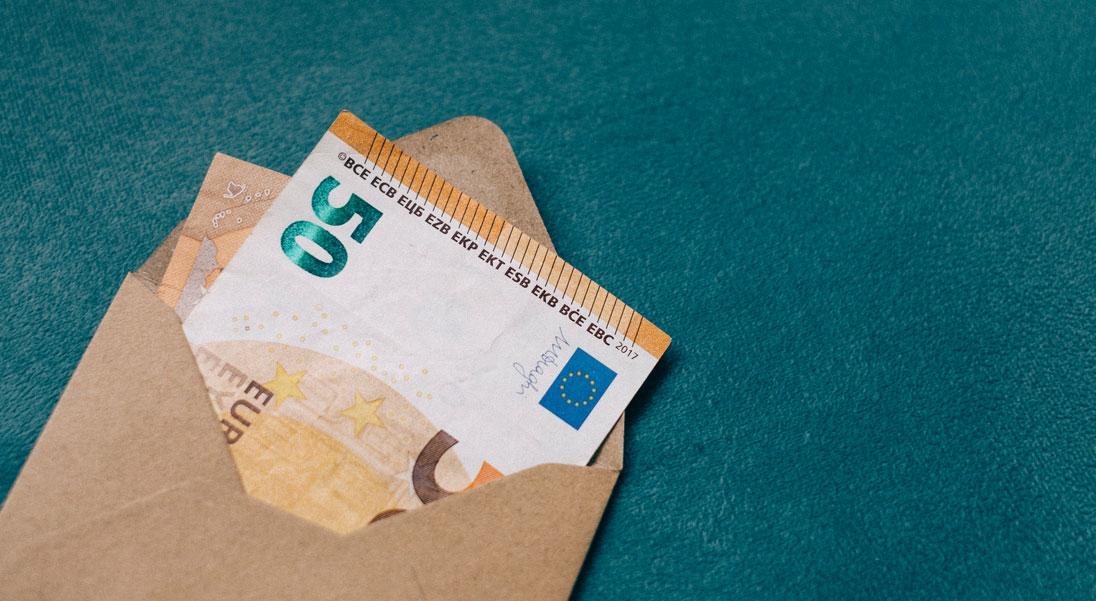 Wer Hat Geld Zu Verschenken