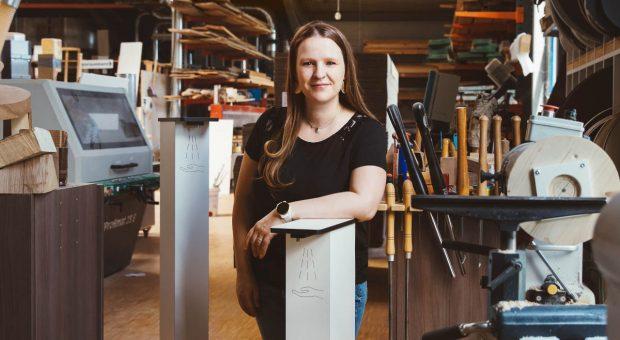 Juliane Hübner hat mit Yourhyg einen Hersteller für Designhygienespender gegründet.